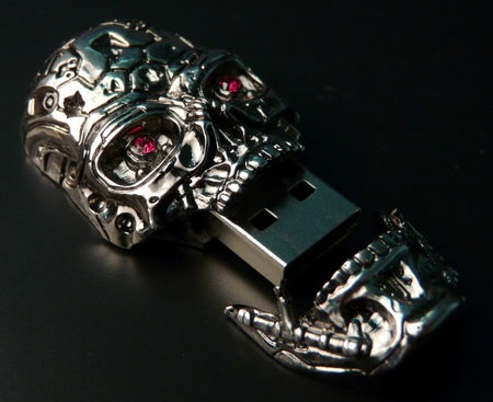 Solid Alliance Terminator 4 T-600 Skull USB Drive jaw remove
