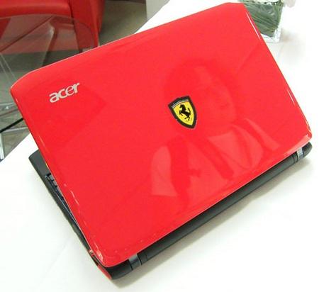 Acer Ferrari One F200 Netbook live