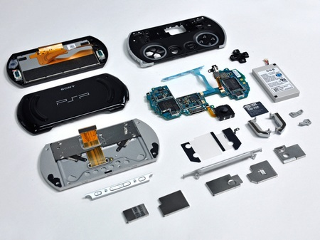 Sony PSP Go Disassembled