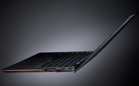 Sony VAIO X - World's Lightest Notebook side 1