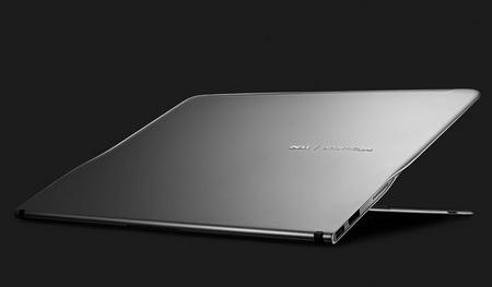 Dell Adamo XPS 0.4-inch thin Notebook 1