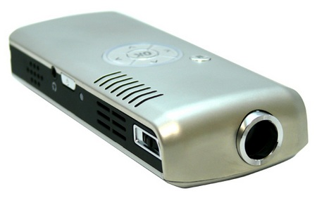 Lancerlink MPJ-104WCE Pico Projector running WindowsCE