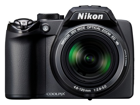 Nikon CoolPix P100 with 26x optical zoom front