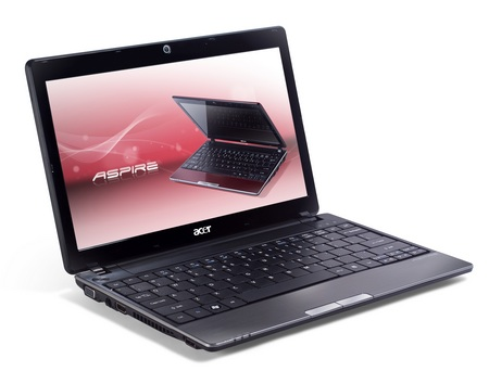 Acer Aspire One AO721 AMD Netbook 1