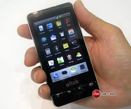 Altek Leo 14 Megapixel Android Phone front
