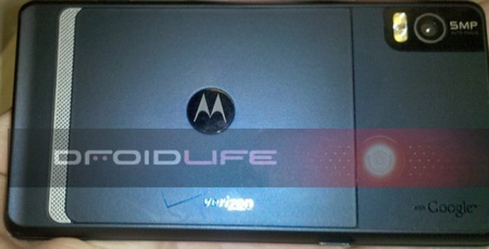 Motorola Droid 2 A995 get pictured back