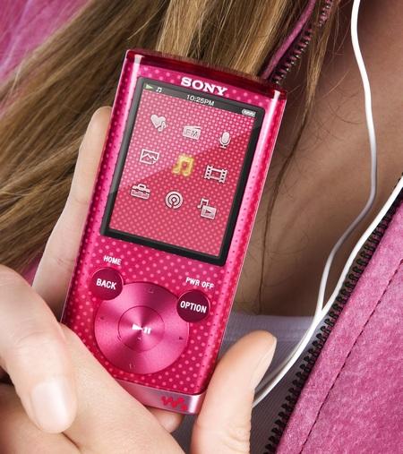 Sony Walkman NWZ-E450 Series PMP with Lyrics Sync and Karaoke pink