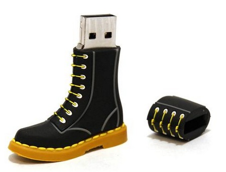 Dr. Martens DM50TH BOOT USB Flash Drive