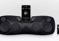 Logitech S715i Rechargeable iPod iPhone Speaker with iphone