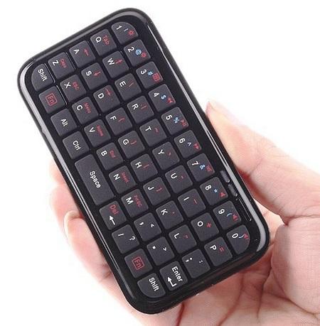 iTiny Bluetooth Keyboard on hand