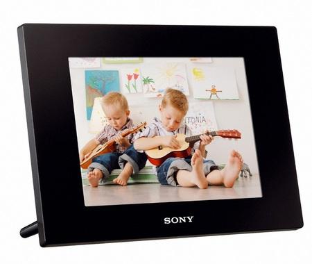 Sony S-Frame DPF-D820 digital photo frame