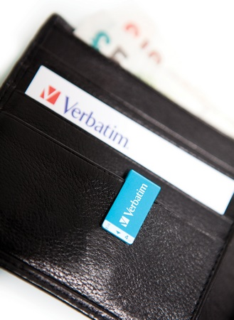 Verbatim Clip-it USB Flash Drive wallet