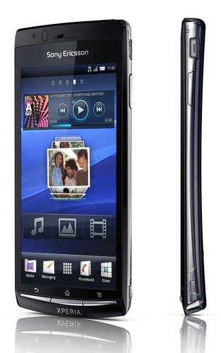 Sony Ericsson Xperia arc Super Slim Android Smartphone with Reality Display front slim