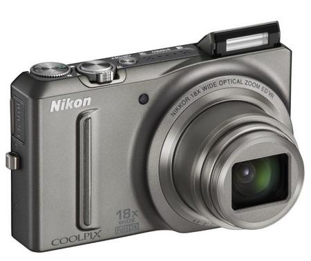 Nikon CoolPix S9100 Pocketable 18x Zoom Camera silver