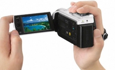 Sony Handycam DCR-SX21E and DCR-SR21E Camcorders with 57x Optical Zoom
