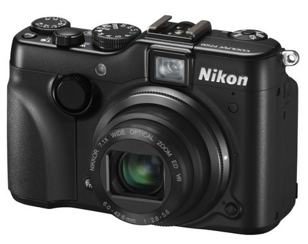 Nikon CoolPix P7100 Prosumer Digital Camera angle 1