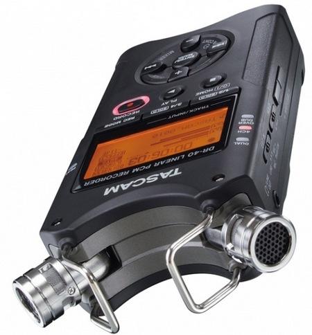 TASCAM DR-40 Handheld 4-Track Recorder 1