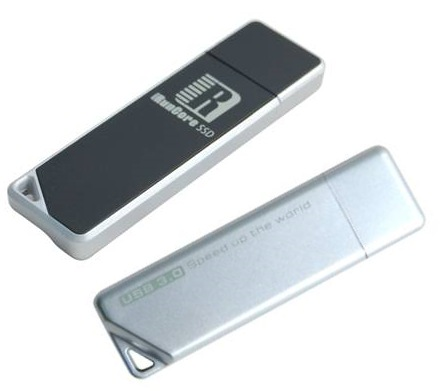 RunCore MoonDrive USB 3.0 Flash Drive