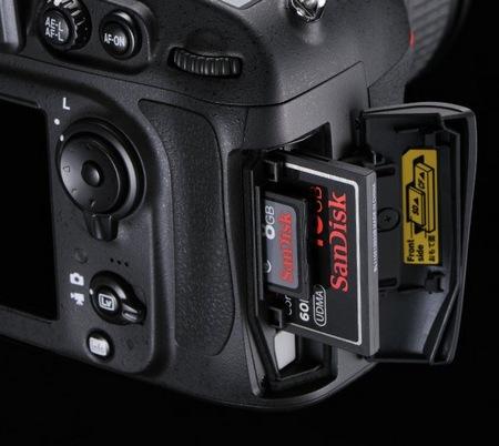 Nikon D800 and D800E 36.3 Megapixel FX-Format DSLRs memory card slot