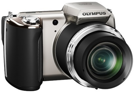 Olympus SP-620UZ Ultra-Zoom Camera is Budget-friendly silver