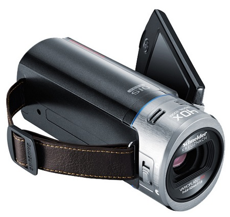 Samsung HMX-QF20 SMART Camcorder with WiFi angle