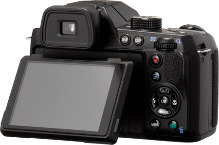 Pentax X-5 Digital Camera with 26x Long Zoom lcd
