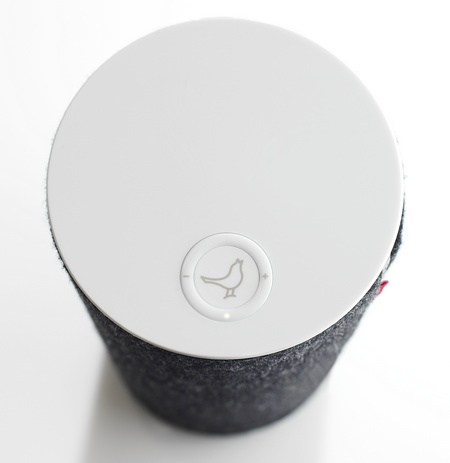 Libratone Zipp Portable AirPlay Speaker top