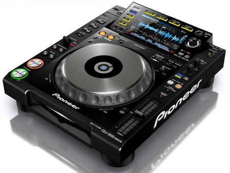 Pioneer CDJ-2000nexus Flagship DJ Player with WiFi Connectivity