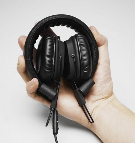 Marshall Major 50 FX Headphones Celebrates its 50th Anniversary on hand folded