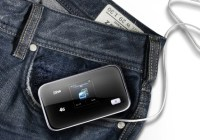 ZTE uFi MF93D LTE 4G Mobile Hotspot supports dual-band WiFi pocket
