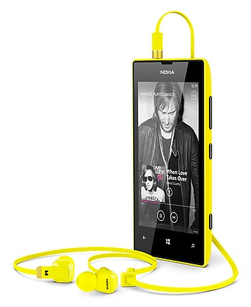 Nokia Lumia 520 is an Affordable WP8 Smartphone earphone