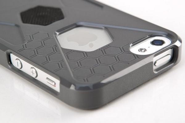 Rokform SlimRok Ultra Slim iPhone 5 Case metal