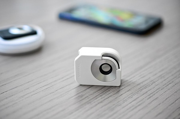 Trygger Polarizing Filter Clip for iPhone 5 only clip