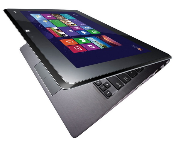 Asus ships Taichi 31 Ultrabook with dual 1080p Display angle