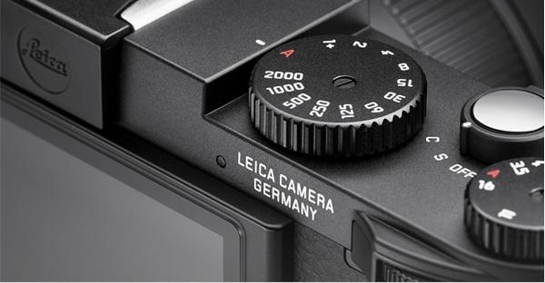 Leica X Vario APS-C Compact Camera control