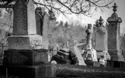 Concession funéraire et responsabilité contractuelle et extracontractuelle de la Commune
