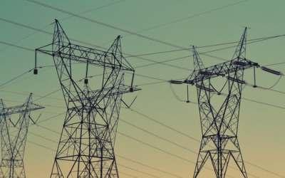Déploiement du réseau de communication électrique : la Commune peut fixer une redevance d'occupation temporaire