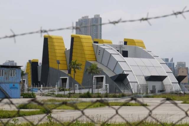 Ventilation Building of Kowloon Station (九龍站空調機樓)