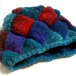 【完成】北極のオーロラ風バスケット編み帽完成しました!とっても良い色合いです~