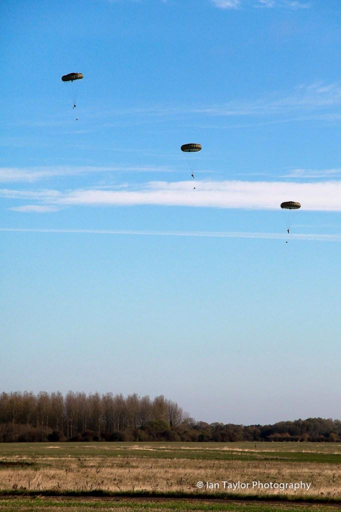 Oct-2018-Herclues-and-parachutes-72.jpg