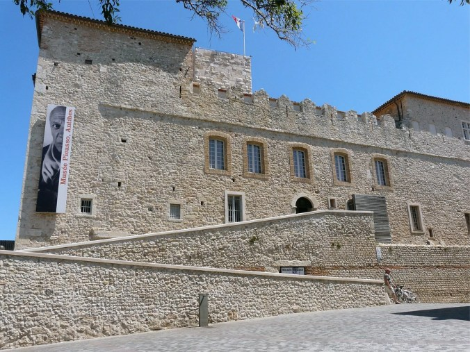 Photo of the seaside village, Antibes Picasso Museum