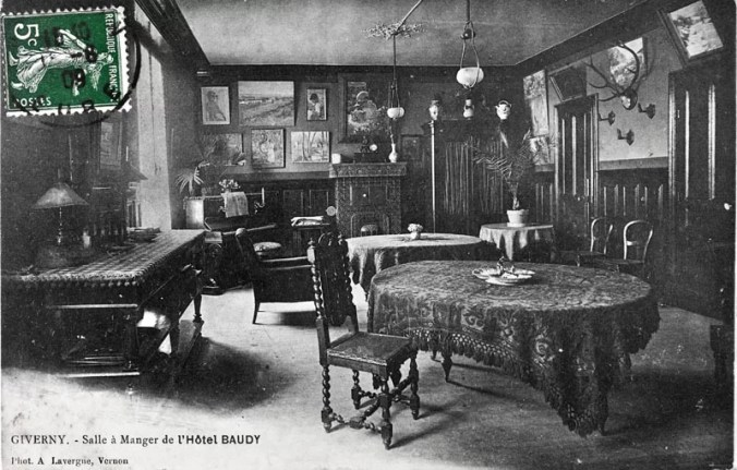 Dining Room in Hotel Baudy - Walls decorated with Impressoinism Paintings