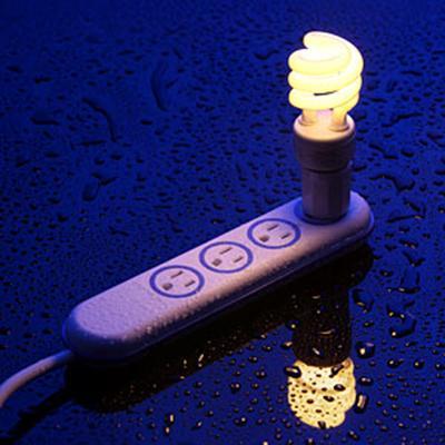 Wet Circuit Water Resistant Power Strip