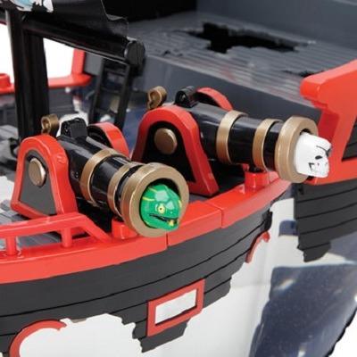 The Pirate Ship Aquarium 1