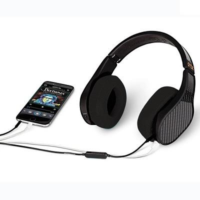 The Smartphone Charging Headphones