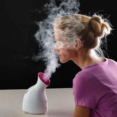 The Moisture Enhancing Facial Nanosteamer
