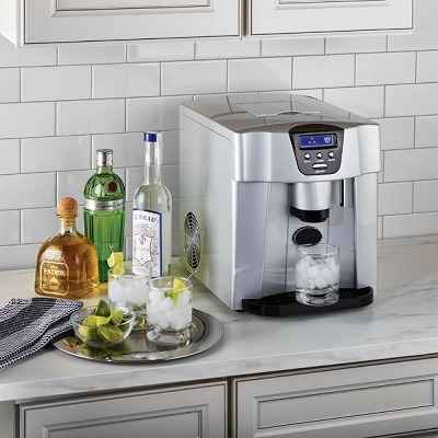 The Non-Plumbed Ice Maker Water Dispenser