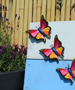 3 roze vlinders lavendel