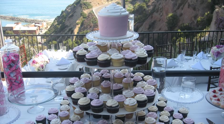 It s All About The Cake   Dana Point  CA 949 240 7100   A Cake     Custom Wedding Cakes      Cupcakes