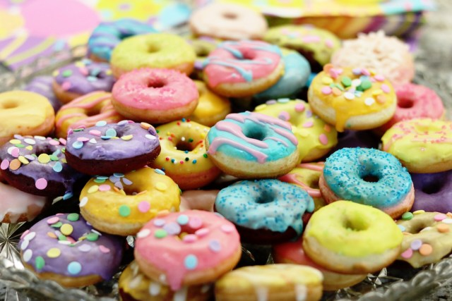 Mini Donut Recipe | It's All Chic To Me
